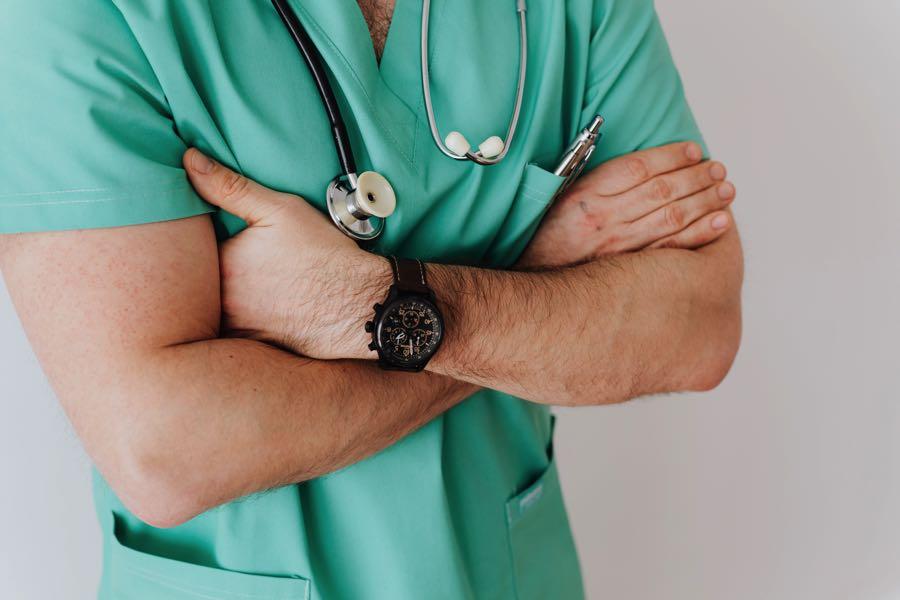 Acude al médico.